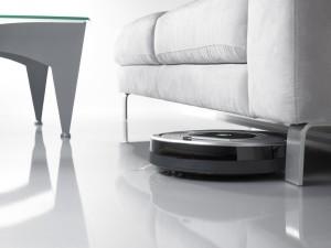 roomba 780 unter Sofa