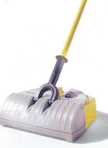 Kärcher-Akku-Besen-K50 im Kehrbesen Test