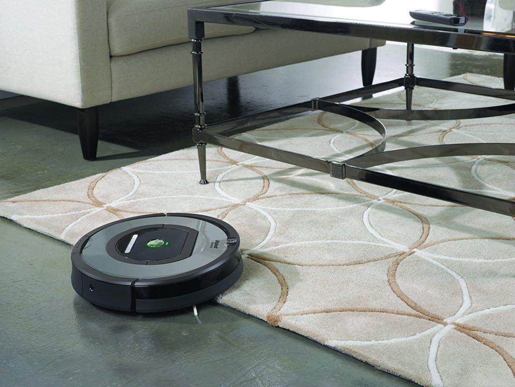 iRobot Roomba 772e Staubsaugroboter überwältigt Hindernisse im Test